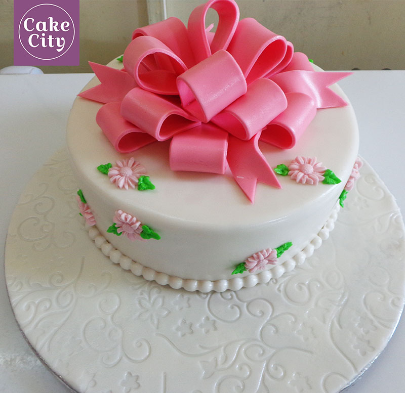Small Flowers Girls Birthday Cake