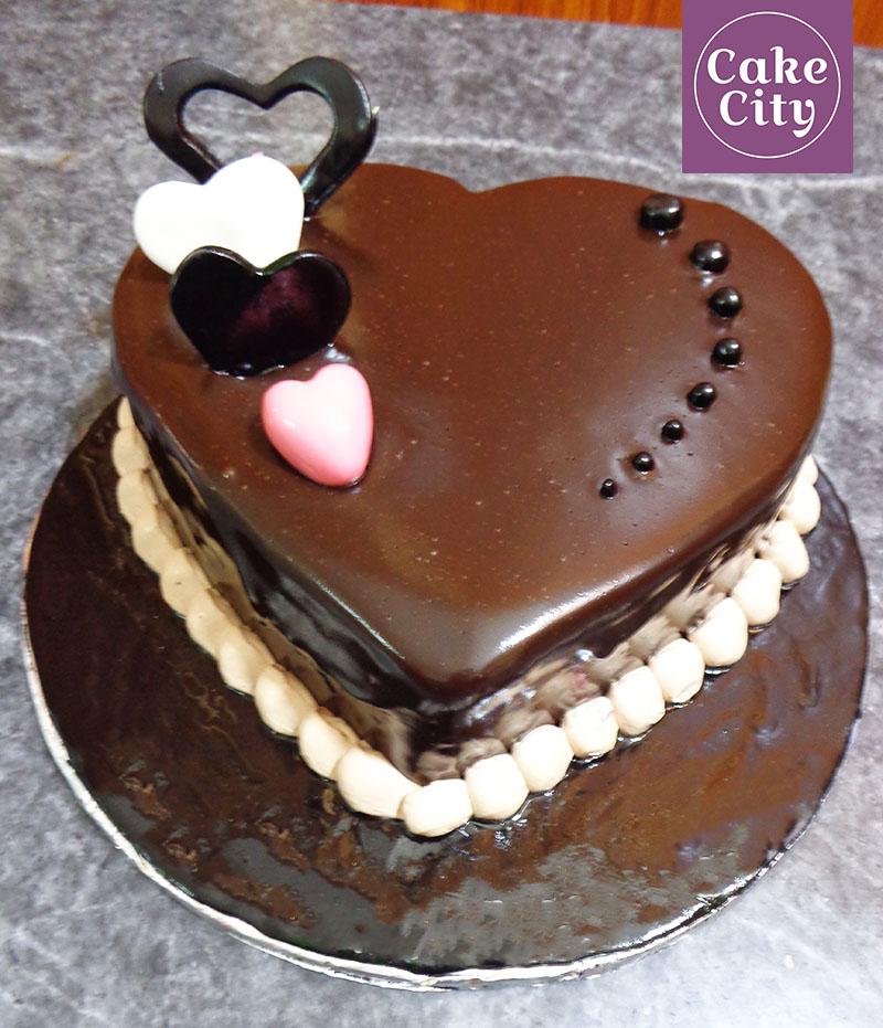 Small Hearts Girls Birthday Cake Girl birthday cake ideas